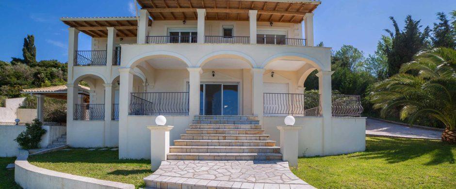 Villa for Sale in Agios Ioannis, Corfu