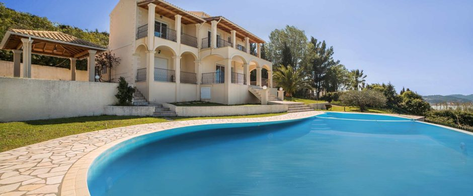 Villa for Sale in Agios Ioannis, Corfu