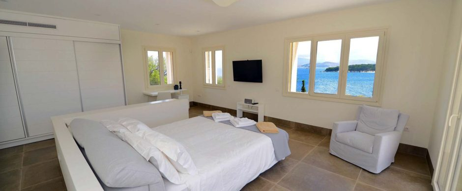 Villa Anatoliko – Villa for Sale in Corfu